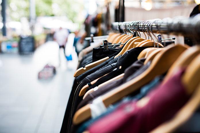 Gdzie szukać ubrań, które będą modne i niedrogie?