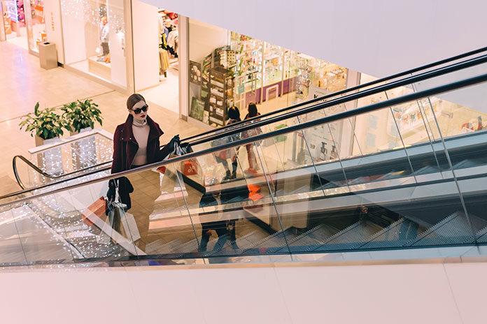 Czy gotówka w centrach handlowych to już przeżytek?