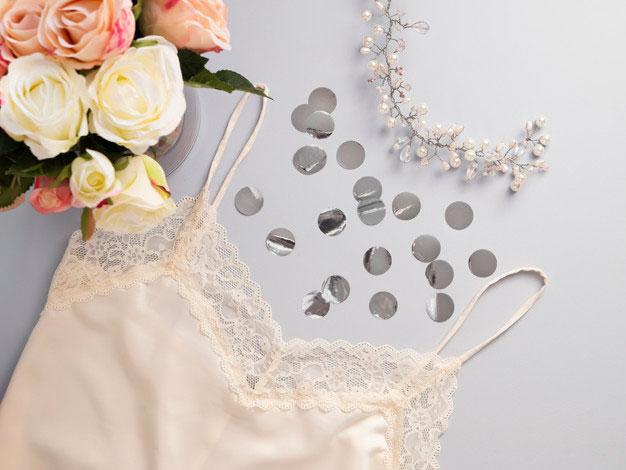 Kiedy warto założyć halkę pod sukienkę lub spódnicę?